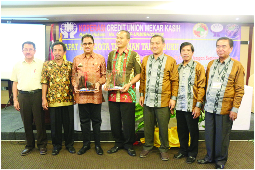 PENGURUS HASIL RAT TH BUKU 2015